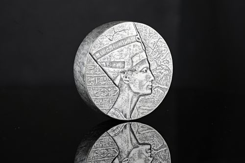 3000 Francs Egyptian Relic - Queen Nefertiti - Königin Nofretete Tschad Chad 5 oz Silber 2017 **
